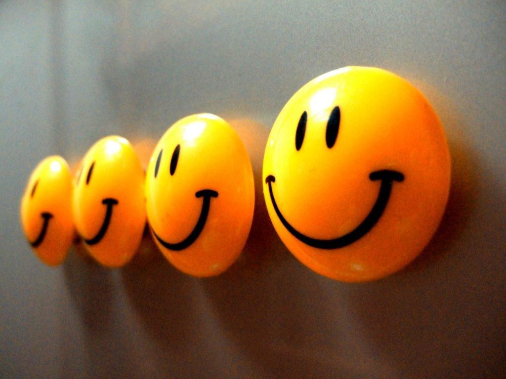 Happy faces fridge magnets