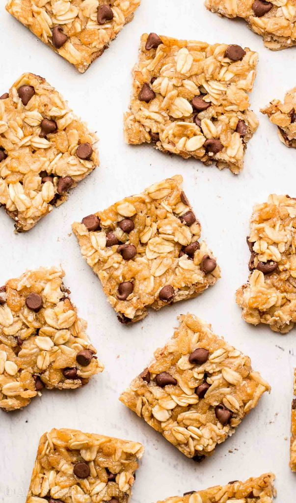 Chocolate chip granola bar bites